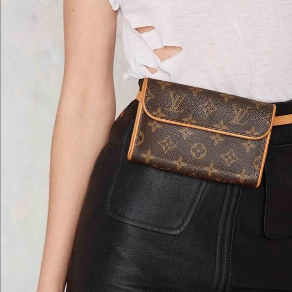 efc78c6dabc4 Louis Vuitton Handbags - Authentic Louis Vuitton Florentine bum waist bag